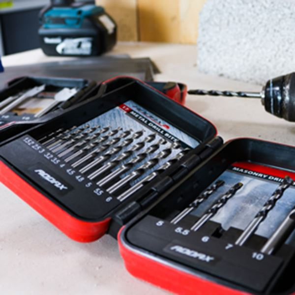 Picture for category Powertool Kits & Sets
